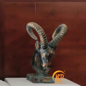 tượng đầu thú composite